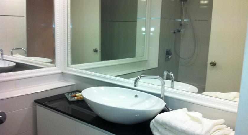 אמבטיה מלון דירות כרמל