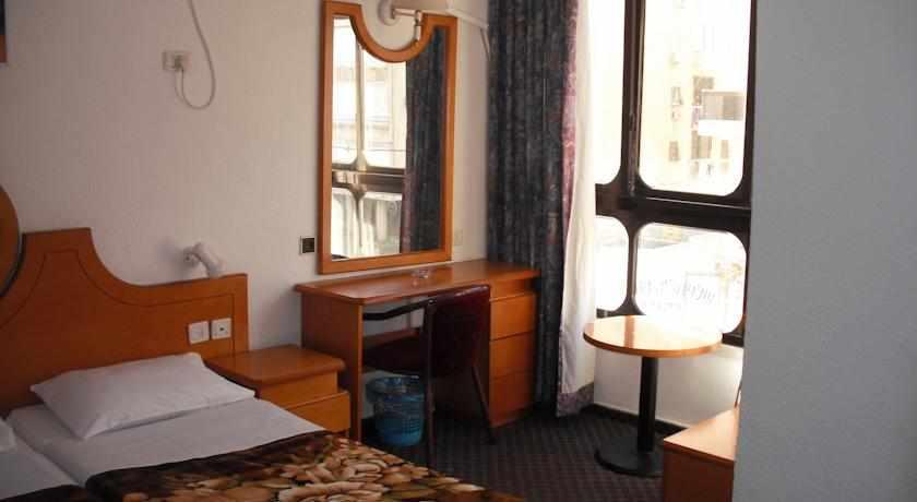 חדר למשפחה מלון כורש נתניה