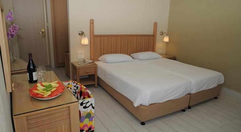 חדר זוגי מלון פארק נתניה