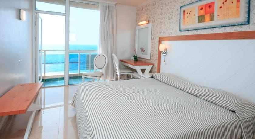 חדרים לזוגות מלון רזידנס נתניה